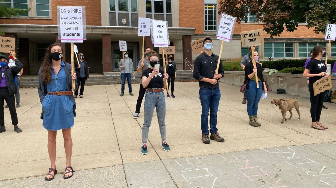 700 University of Michigan Instructors Ask if They Can Just Kill Unvaccinated Students